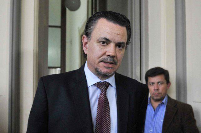 Diputado. El socialista Rubén Galassi defendió la gestión de Maximiliano Pullaro.