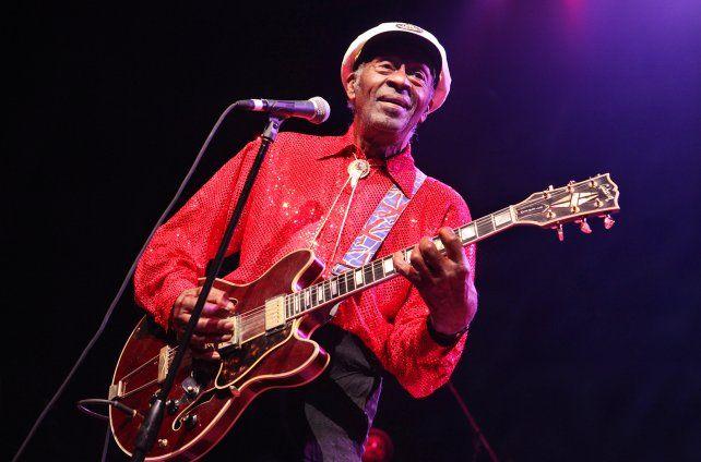 Chuck Berry fue hallado sin vida este mediodía en su vivienda del estado de Misouri.