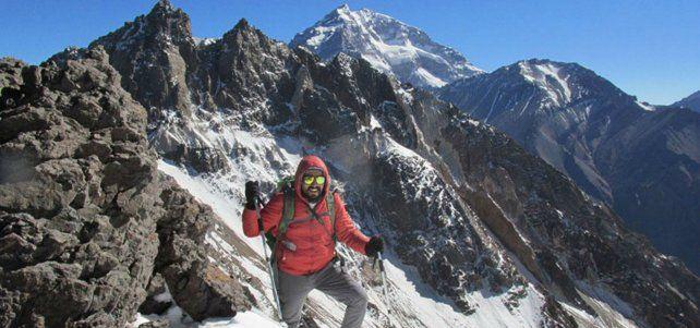 protagonista. Vicente Gamboa subió al cerro Tolosa el domingo pasado en compañía de amigos argentinos.
