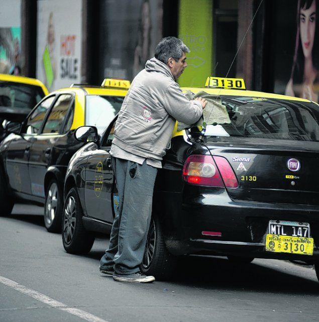 Los taxistas aseguran que sus costos subieron entre 20 y 30 %.
