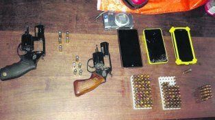 Miniarsenal. Entre las armas incautadas había dos revólveres calibre 38.