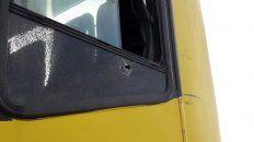 Un colectivo de Rosario Bus sufrió un impacto de bala en el ataque.