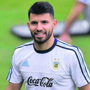 En punta. Agüero jugaría mañana tras la exclusión ante Colombia, donde ni entró.