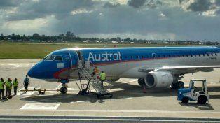 Las demoras en los trabajos en la pista causaron que se posterguen vuelos en Fisherton.