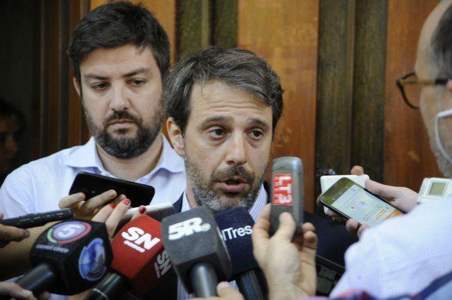 El fiscal Moreno dio una conferencia de prensa acerca del ataque a balazos en la autopista a Santa Fe.