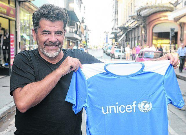 cara conocida. Julián Weich conducirá el evento junto a Analía Bocassi y también correrá la prueba.