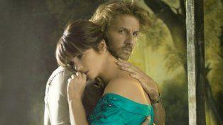 Facundo Arana dijo que Araceli responde mal y ella dijo que el actor es muy demandante
