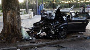 El Audi A4 quedó con su frente totalmente destrozada.