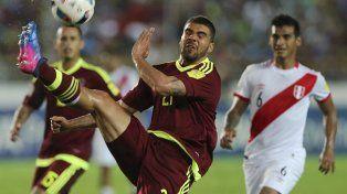 Perú reaccionó y le robó un empate a Venezuela, pero sigue lejos de Rusia
