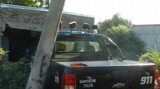 Un móvil policial chocó contra una vivienda y tres efectivos resultaron heridos