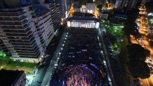 multitudinaria marcha en rosario por el dia de la memoria, la verdad y la justicia