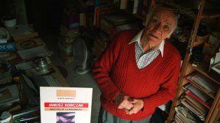 Esta historia tan dolorosa decidió contarla Rubén Naranjo en su libro Janusz Korczak. Maestro de la Humanidad.