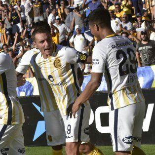 El festejo de gol de Teo Gutiérrez junto a Marco Ruben, luego del 1-0 sobre Tigre.