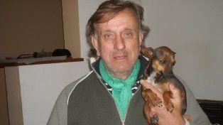 El mejor amigo. Bakota, con otra de sus mascotas de mucho menor porte.