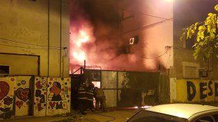 Las imágenes de las llamas en el predio de Empresa Argentina.