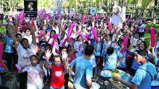 Rosariro latió. Hombres y mujeres, de todas las edades, se unieron para expresar un mensaje pro vida.