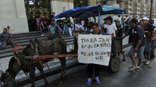 En vano. Algunos carreros intentaron resistirse a esta iniciativa, pero la Intendencia se mostró decidida.