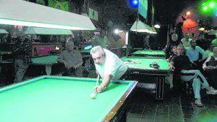 Darío Horadecki. El jugador compite en el mítico Café Los 36 billares.