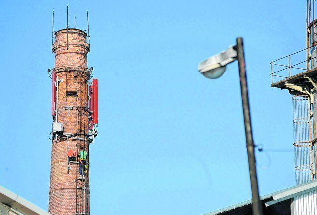demandas. El servicio de telefonía celular 4G en Rosario ya alcanza al 80% de la población pero falta infraestructura.