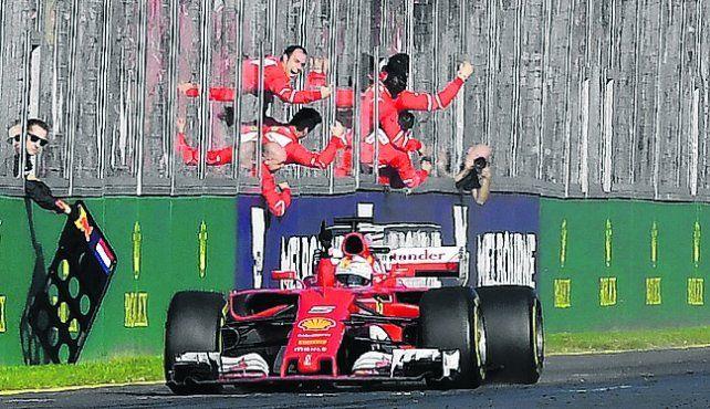 Al fin. Vettel no ganó en todo el 2016 y se dio el gusto de festejar ayer.