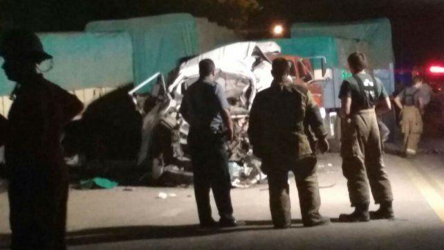 La escena de la tragedia en Villa La Ribera. Dos muertos y un herido grave.