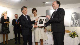 Al término del recorrido, Macri y Juliana Awada firmaron el libro de visitas y luego se rubricaron los acuerdos de cooperación.