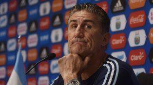 Argentina juega a ganar, le respondió Bauza a las críticas al juego de la selección con Chile