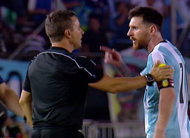 Leo Messi podría perderse el partido contra Bolivia por un informe arbitral
