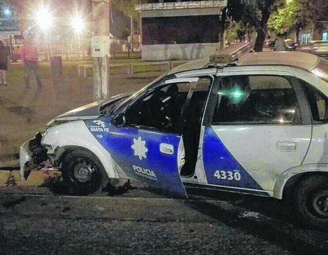 elocuente. Así quedó el móvil 4330 tras impactar contra el taxi en una esquina en la que había semáforo.