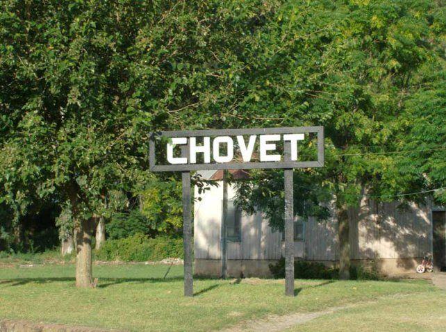 Chovet pide refuerzos a la policía para atrapar a La Llorona que genera pánico en el pueblo