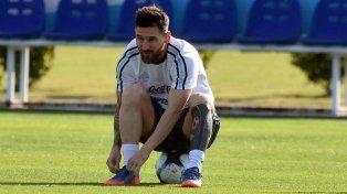 Lionel Messi será reemplazado por Enzo Pérez en el partido que Argentina enfrentará a Bolivia.