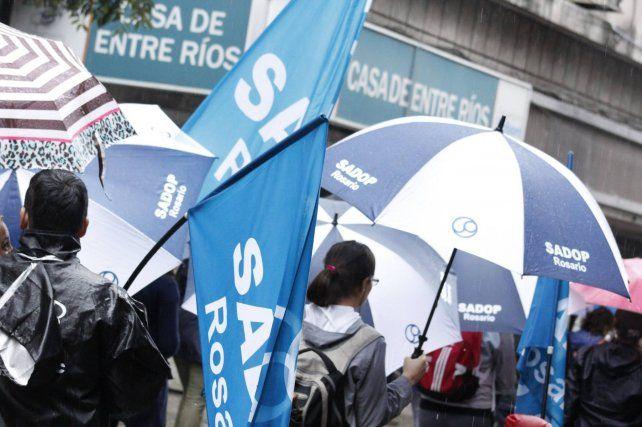 La propuesta de la provincia no va a ser aceptada por los docentes, aseguran desde Sadop