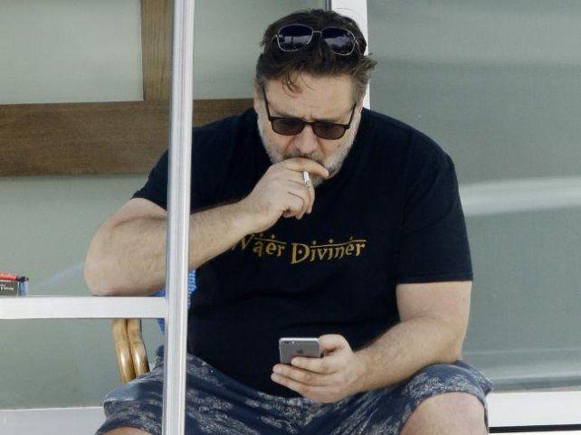 Russell Crowe no puede recuperarse del sobrepeso que lo volvió irreconocible