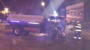 Así quedó el camión luego del trágico incidente en la ruta 11.