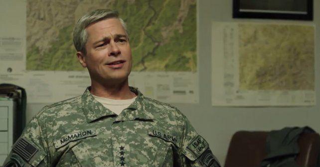 Brad Pitt encarna a un viejo y poco convencional militar en la sátira bélica War Machine.