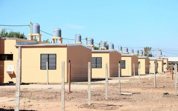 El gobierno provincial construirá 200 viviendas junto a cooperativas