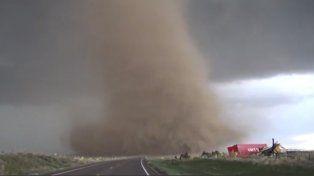 Tres cazadores de tormentas murieron mientras perseguían un tornado