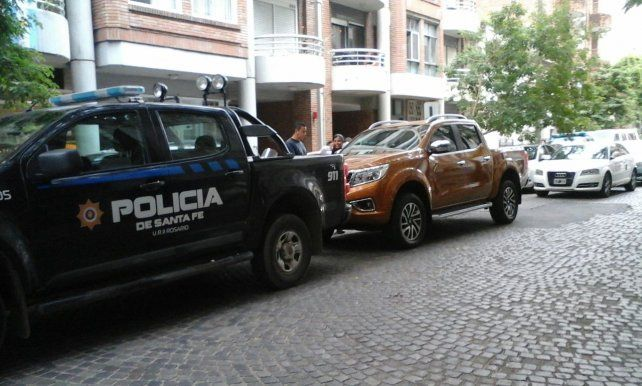 La policía recuperó la camioneta robada de un concesionario.