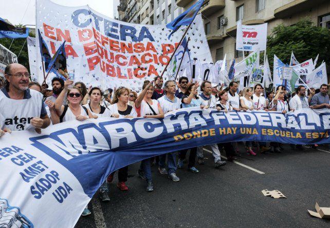 Multitudinaria. La marcha federal de maestros en Buenos Aires.
