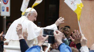 Francisco se refirió a la situación en Venezuelaal recitar la tradicional Ángelus en la ciudad de Carpi.