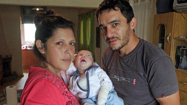 La historia del bebé que nació con piel de cristal y conmueve a los mendocinos