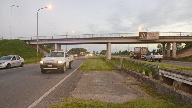 Piden frenar la licitación de la autopista Rosario-Santa Fe y cesar el cobro de peaje