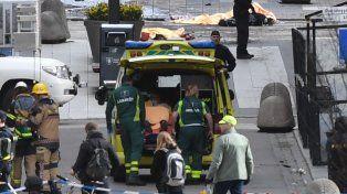 Son varios los muertos y heridos por el atentado con un camión en Estocolmo