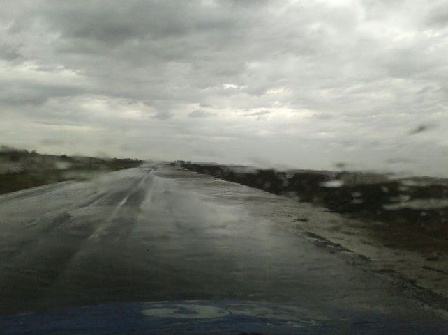 La ruta 90 se encuentra cerrada al paso vehicular.