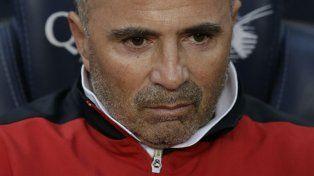 La mirada en el objetivo. Sampaoli está a punto de cumplir el sueño de dirigir a Messi