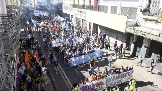 Llamada local: No nos llama nadie / Por Justino Soria