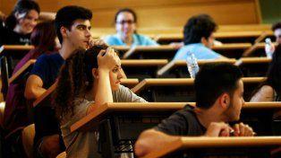 Afirman que las clases en las universidades no deberían empezar antes de las 11