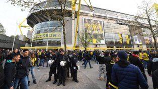 Atacaron al colectivo que trasladaba al plantel de Borussia Dortmund y hay un jugador herido