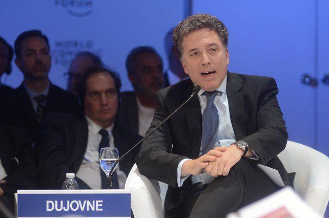Dujovne pronosticó para este año un crecimiento de la economía mayor al 3 por ciento