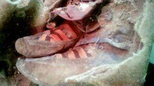 Imagen del calzado de la momia de hace 1.500 años.